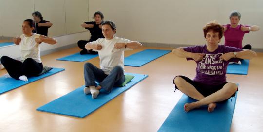 yoga egyptien - aigle assis